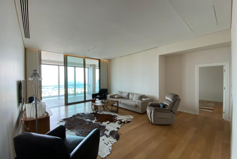 penthouse-istanbul-sapphire-tower-42th-floor-002.jpg