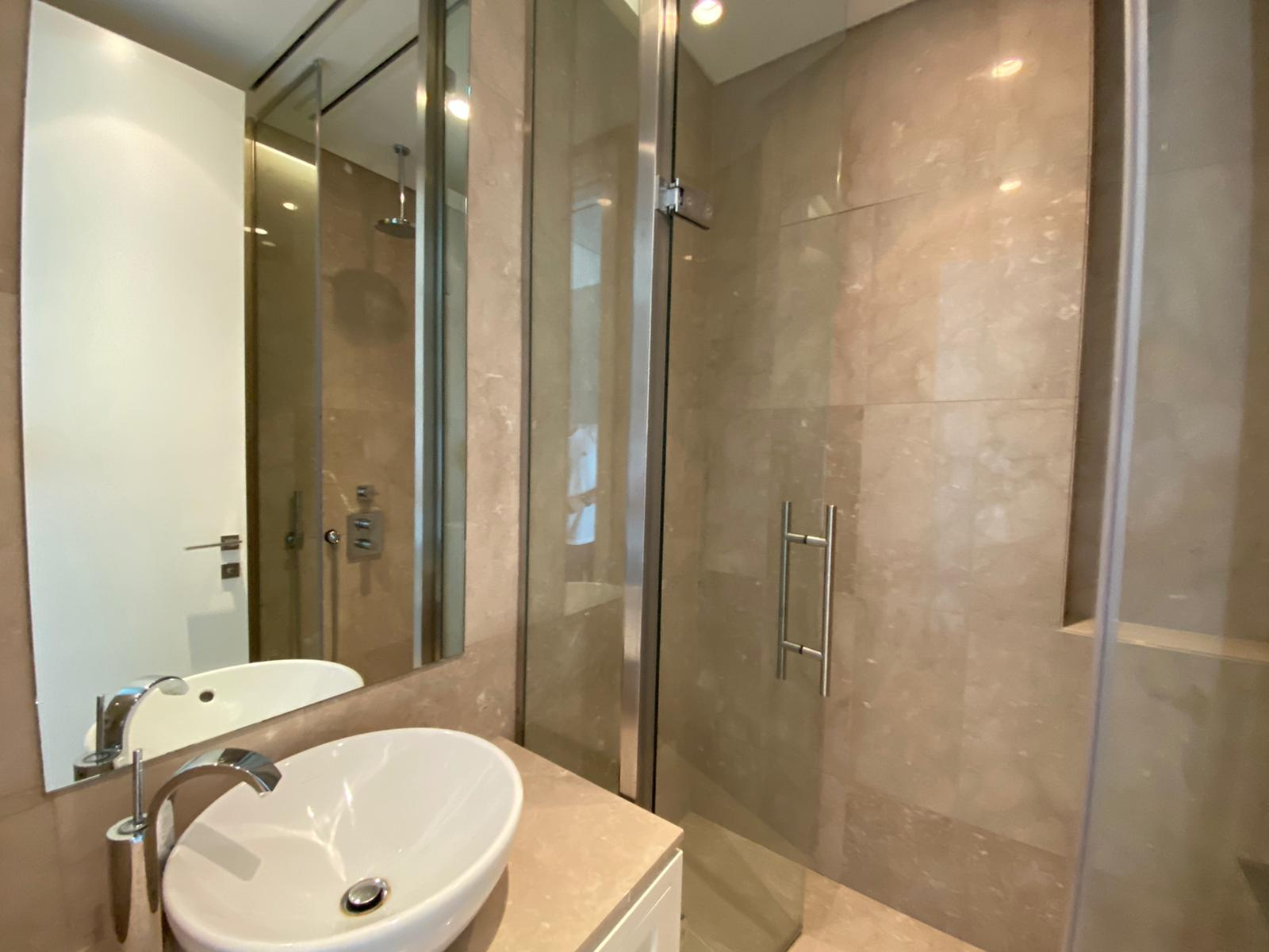 penthouse-istanbul-sapphire-tower-42th-floor-016.jpg
