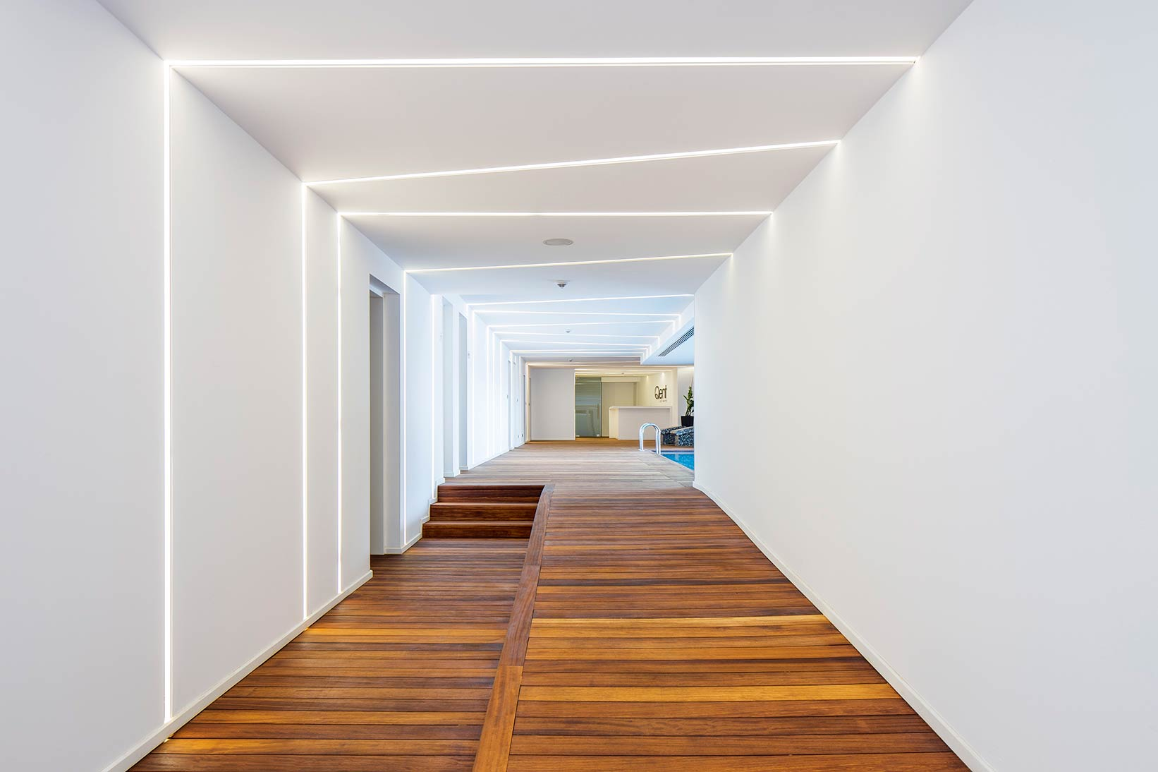 qent-istinye-porsche-design-project-luxury-3.jpg